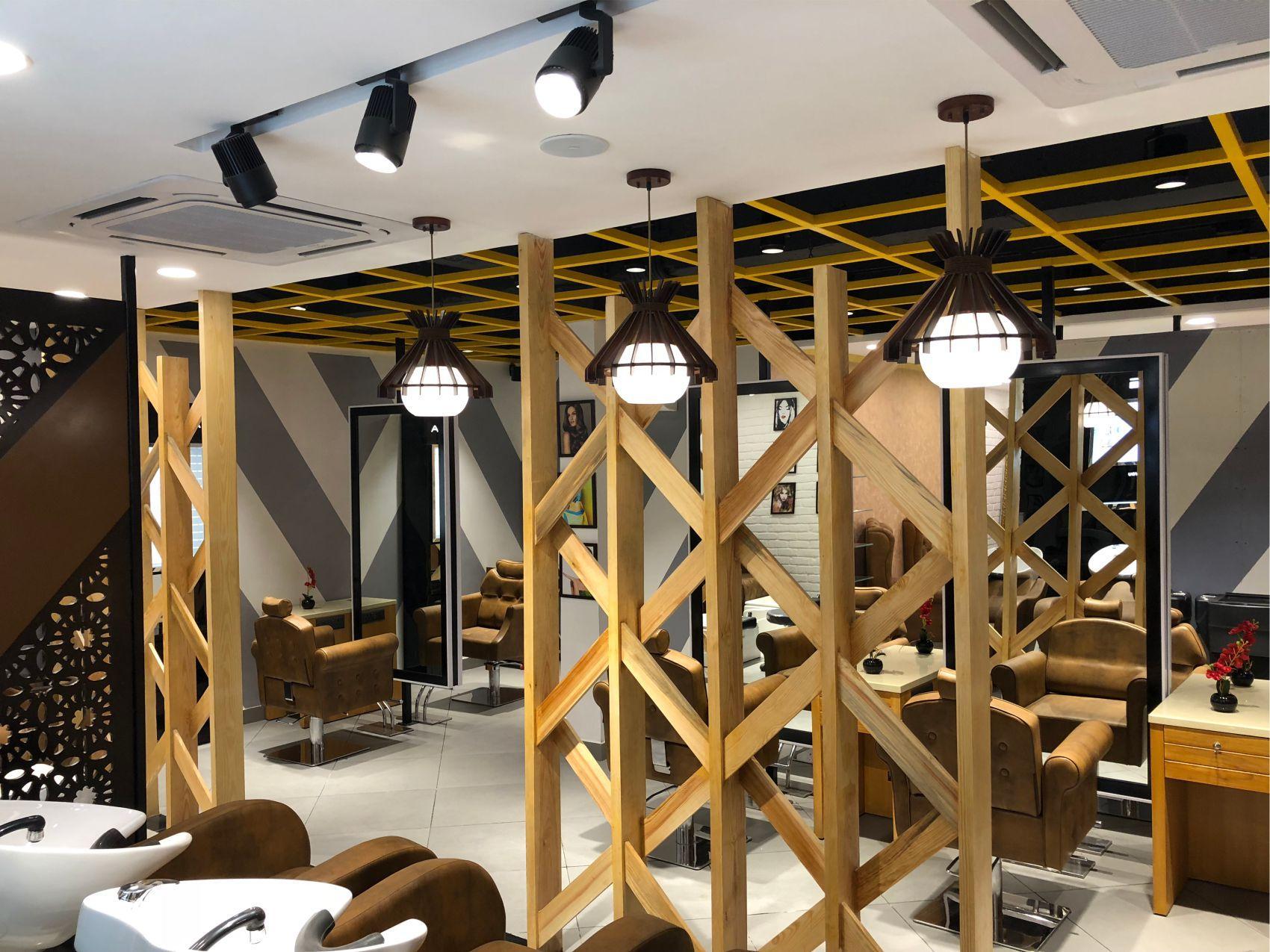 hire best salon interior designers in delhi ncr