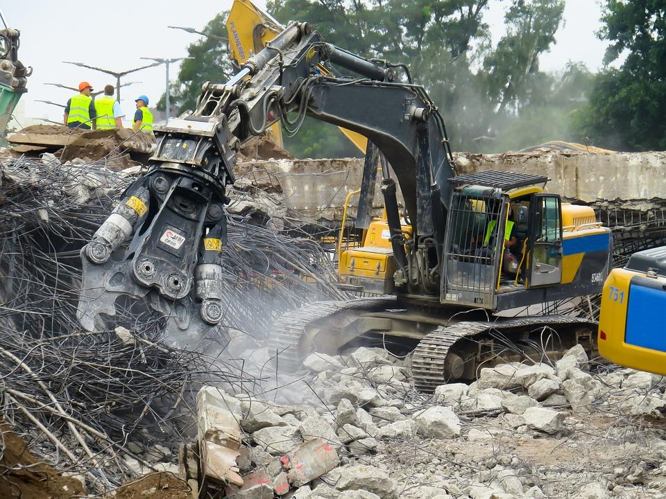 Reasons Why Hiring a Demolition Company Can Help You Save Money and Time