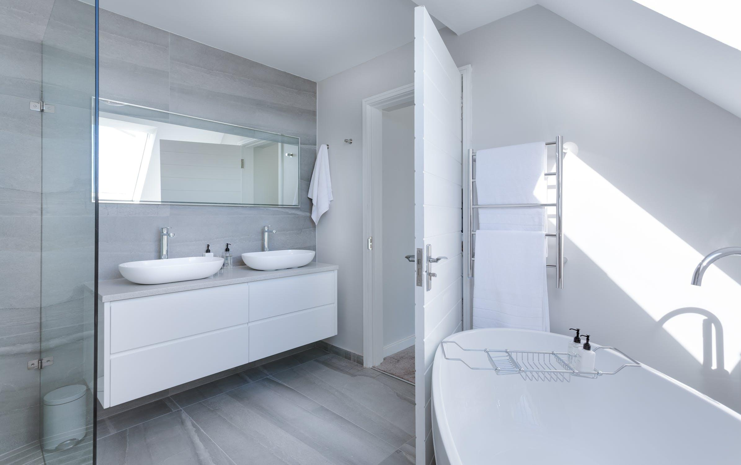5 Best Trends in Bathroom Design and Features For 2019