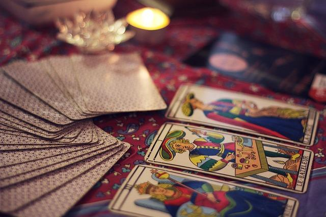 5 Amazing benefits of Tarot Reading