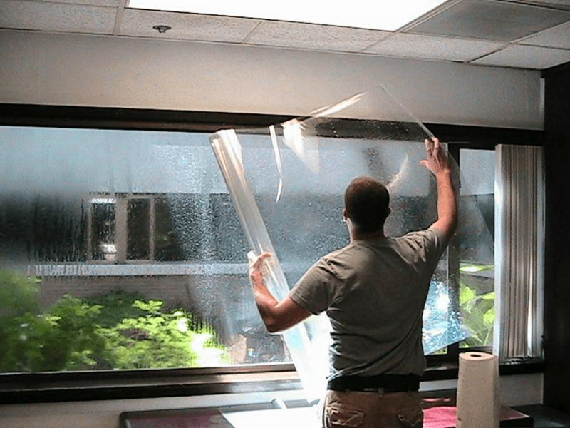 Choose Reliable and Professionals Glass repair Services
