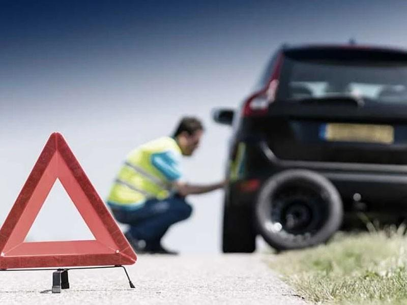 Why To Cancel Your Trip When Residential Towing Service is There In Operation