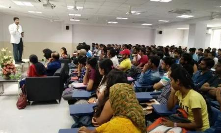 Beginners Guide to Choosing the Best IAS Academy in Delhi