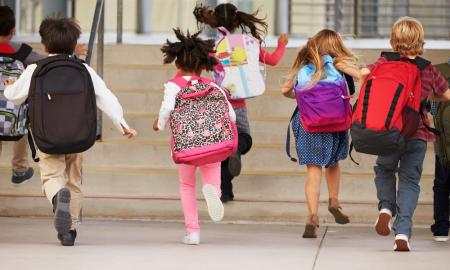 How to Prepare Your Kid for School? Tip #2: School bag