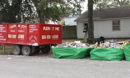 Essential Tips To Know When Hiring A Trash Dumpsters