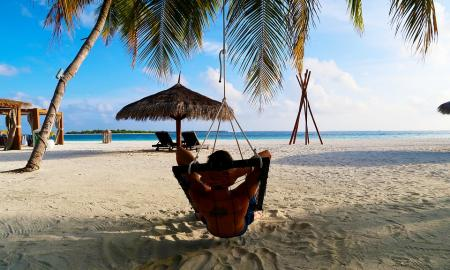 5 Travel Tips for Busy Businessmen Who Want an Undisturbed Vacation