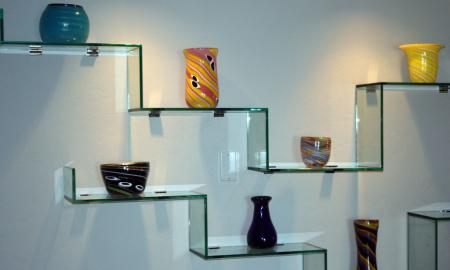 Modernize Your Home Interior with Decorative Glass Shelves