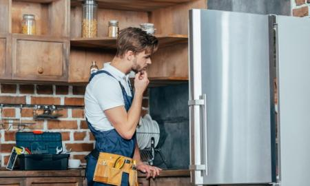 5 SIGNS YOUR REFRIGERATOR NEEDS REPAIR ASAP
