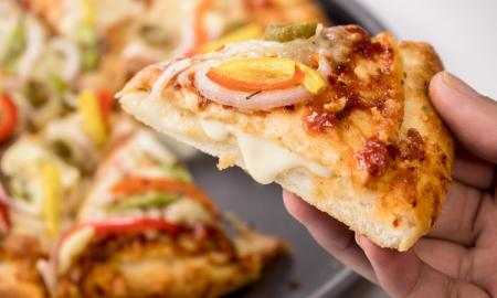 5 Essentials to Know About Cheese Burst Pizza Recipe